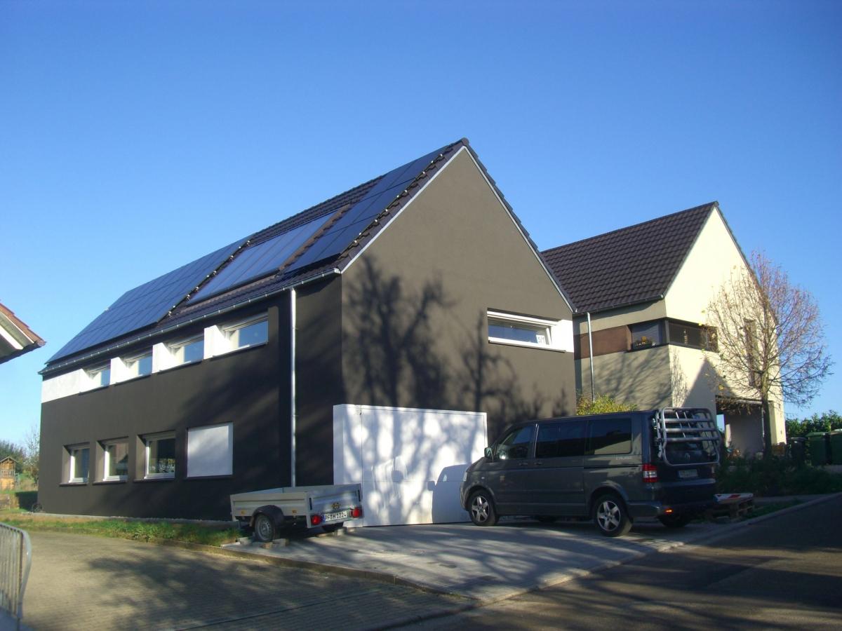 Neubau Wohnhäuser / Ölbronn / 2004 + 2012