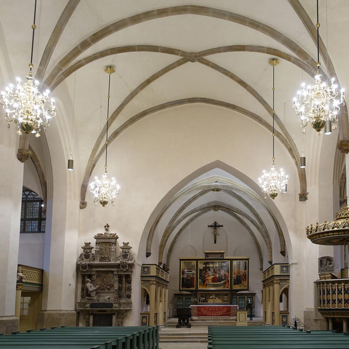 Stadtkirche Wittenberg - Lichtplanung und Leuchtenentwurf