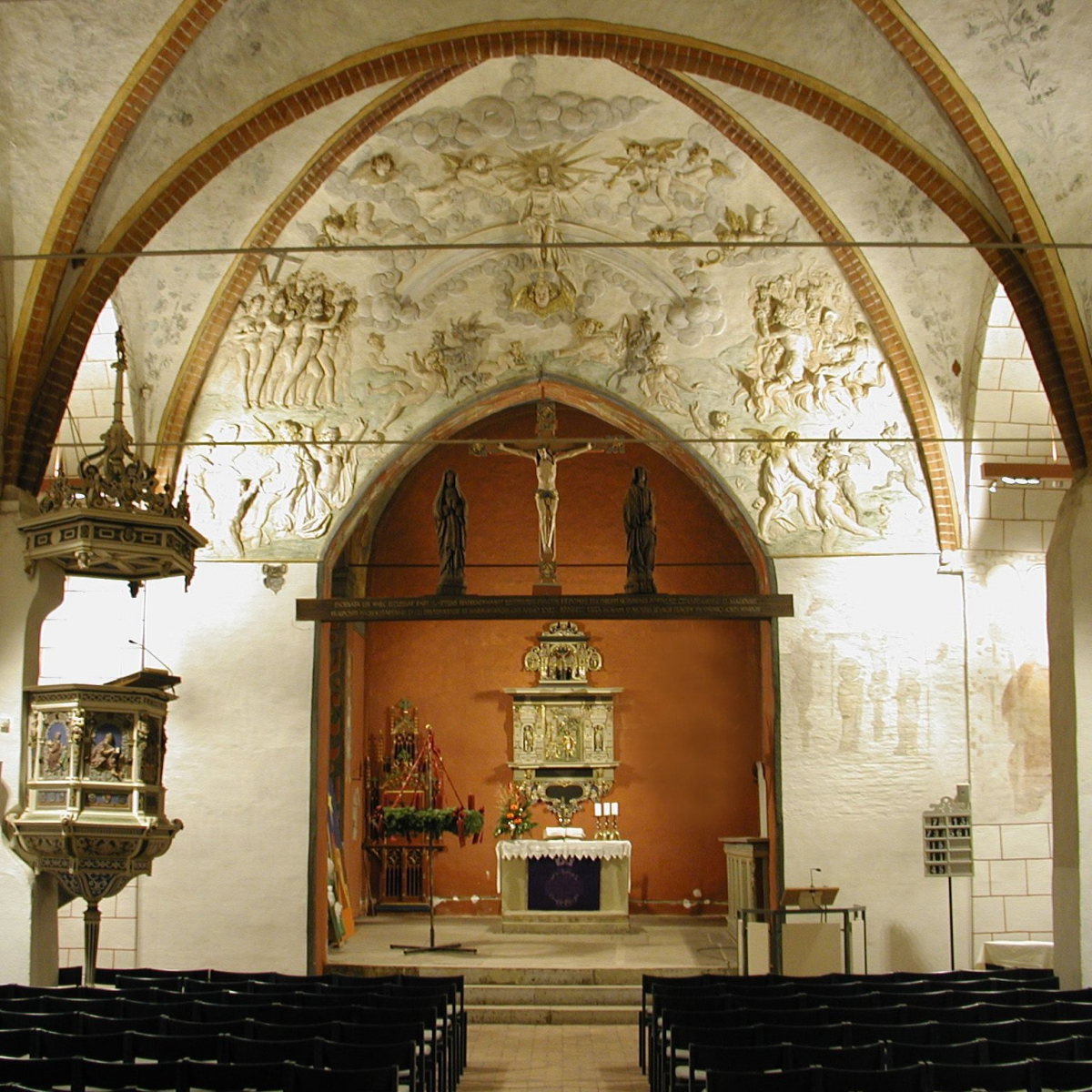 St. Johannis Verden - Beleuchtung eier gotischen Hallenkirche mit LEDs