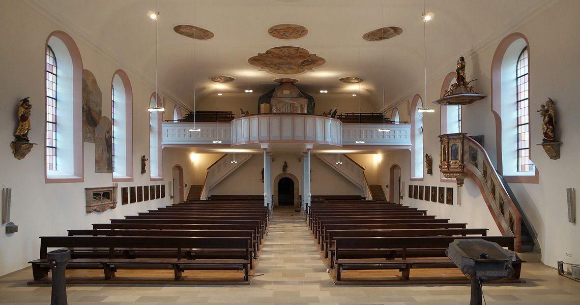 Kath. Kirche Heuchlingen – Innensanierung mit Gestaltungsmaßnahmen